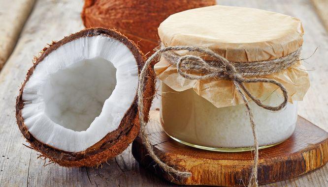Używasz oleju kokosowego, bo jest zdrowy? Uważaj! Jest bardziej szkodliwy...