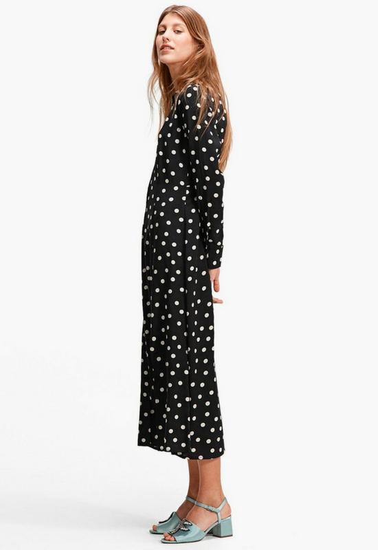 Jak ubrać się na komunię? Przegląd najmodniejszych sukienek z sieciówek