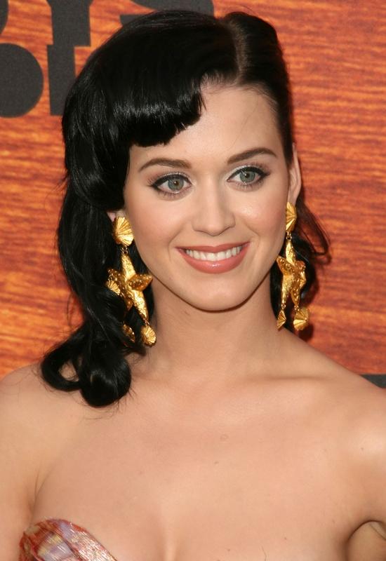 Katy Perry odpowiada plotkarzom!  Myślicie, że coś ukrywa,  czy mówi prawdę?