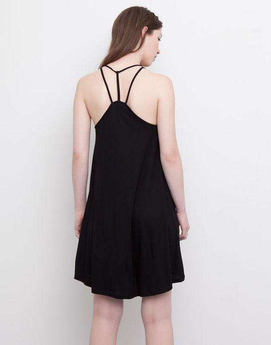 Pull&Bear - Little Black Dress w kilku odsłonach na lato