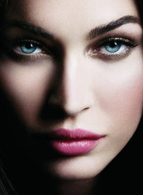 Megan Fox w kampanii Armani Beauty