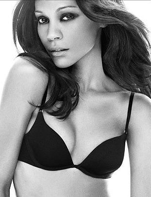 Zoe Saldana dla Calvina Kleina - więcej zdjęć