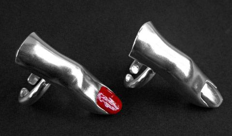 Makabryczny pierścionek