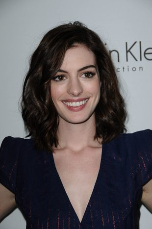 Anne Hathaway w kreacji Marca Jacobsa