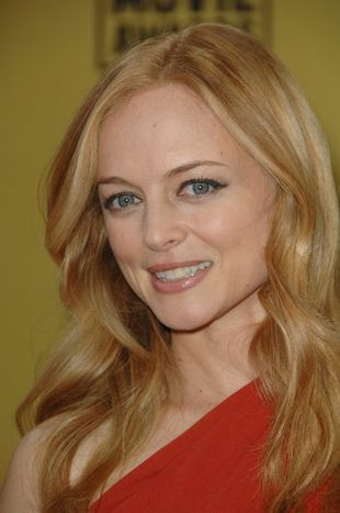 Heather Graham olśniewa