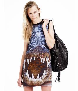Żarłoczna sukienka