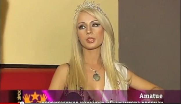 Valeria Lukyanova, żywa Barbie, nie je i nie pije