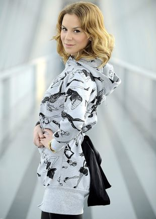 Natalia Lesz w bluzie i legginsach (FOTO)