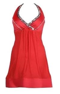 Czerwona sukienka z kamieniami