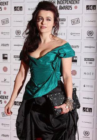 Helena Bonham-Carter w dwukolorowej sukni (FOTO)