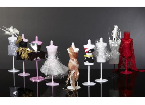 Stroje Lady GaGi w wersji mini