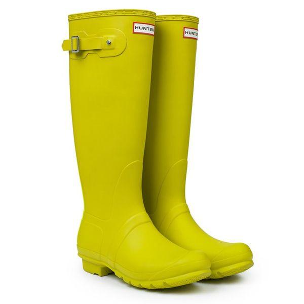 Deszczowa moda - jesienny przegląd kaloszy