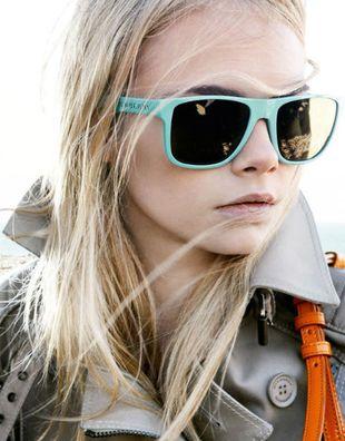 Kolorowe okulary od Burberry (FOTO)