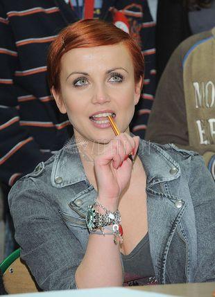 Kasia Zielińska i Sasha Strunin w jeansie