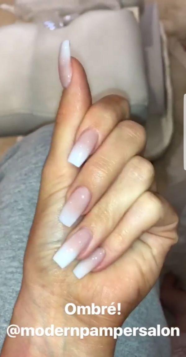 Kylie Jenner znowu zachwyca nowym manicurem! Zobaczcie! (FOTO)