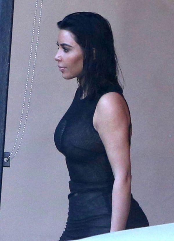 Kim Kardashian zmniejszyła pośladki? Te zdjęcia udowadniają, że to nieprawda!