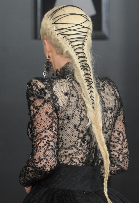 Kilka dolarów za fryzurę na czerwony dywan? Fryzjer Lady Gagi ujawnia, ile...
