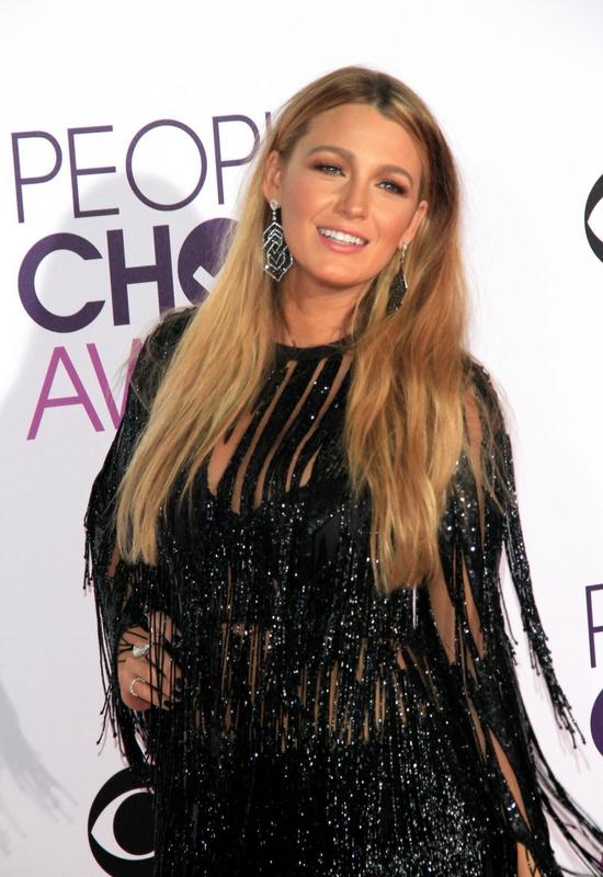 Internauci oburzeni na Blake Lively! Jej zdjęcie bez makijażu to jakiś żart?!