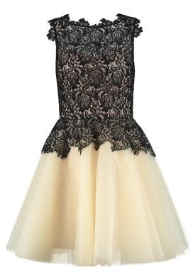 10% rabatu na sukienki w Zalando!