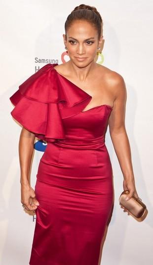 Jennifer Lopez w czerwonej kreacji Temperley London (FOTO)