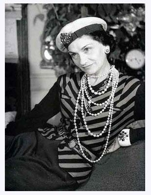 Nieśmiertelne zasady ubioru według Coco Chanel