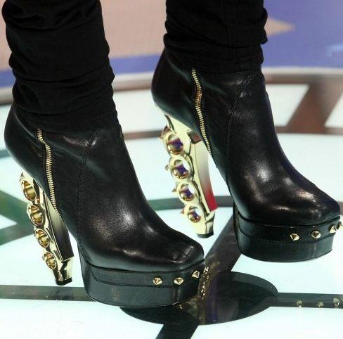 Zabójcze buty Rihanny