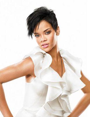 Top Bill Blass - Rihanna w InStyle