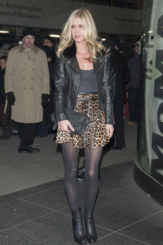 Stylizacje Nicky Hilton