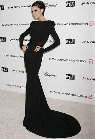 Po co Victoria Beckham nosi torebki, które projektuje?