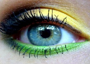 Wasze makijaże: brąz, żółć i zieleń