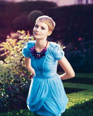 Mia Wasikowska i jej bajkowa sesja w Teen Vogue
