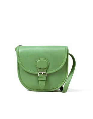 Doda z zieloną torebką Zary (FOTO)