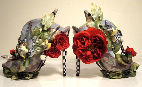 Niezwykłe buty Nicolasa Kirkwooda