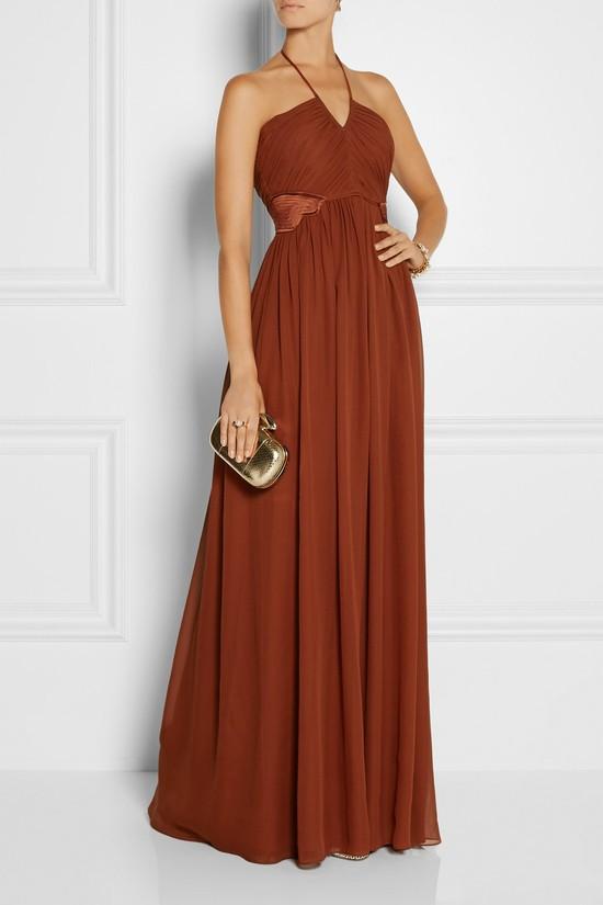 Czy mając 6 tys. zł kupiłabyś taką sukienkę od Zienia?