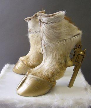 Ekscentryczne buty Iris Schieferstein