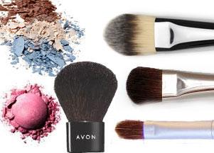 Pędzle do makijażu, które warto mieć