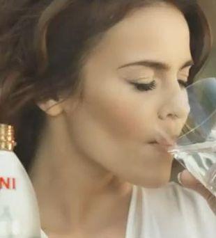 Edyta Herbuś reklamuje Veroni Mineral (VIDEO)
