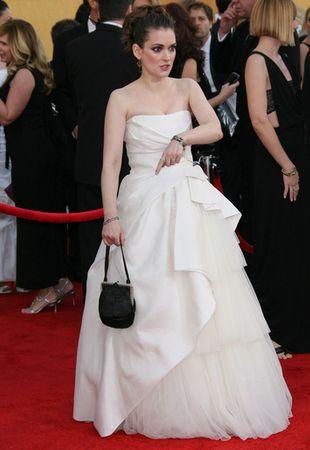 Winona Ryder w sukni ślubnej Alberty Feretti (FOTO)