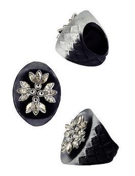 Czarna biżuteria
