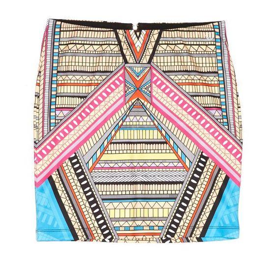Maffashion w spódnicy w azteckie wzory z Croppa (FOTO)
