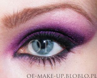 fioletowy makijaż oka