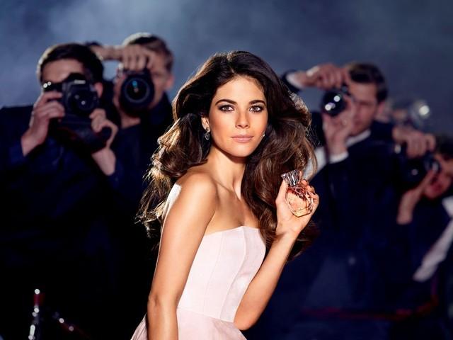Weronika Rosati twarzą zapachu Avon Femme