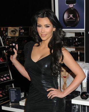 Kim Kardashian na promocji swoich perfum