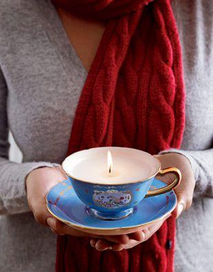 Pomysł na prezent: świeczki w filiżankach