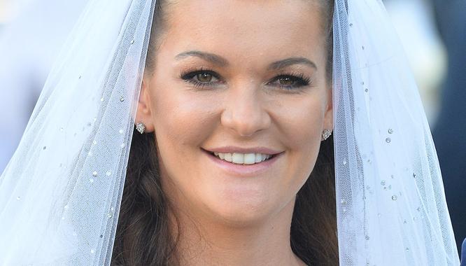 Wiemy, kto zaprojektował suknię ślubną Agnieszki Radwańskiej!