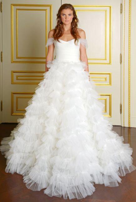 Najpiękniejsze suknie ślubne na jesień 2015 - Marchesa