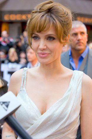 Angelina Jolie zatuszowała złe wspomnienia