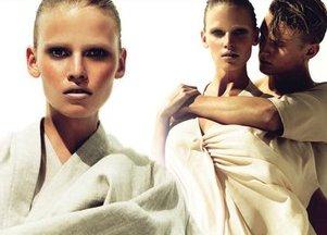 Lara Stone po raz kolejny dla Calvina Kleina (FOTO)