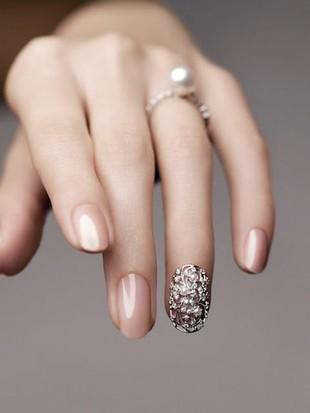 Biżuteria na... paznokcie!