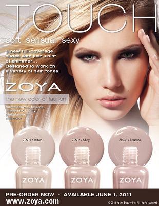 Cieliste lakiery do paznokci marki Zoya